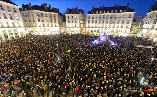 Image #: 34104580    Crowds across France take a moment of silence for the victims of the shooting at the headquarters of satiricial newspaper Charlie Hebdo in Paris, January 7, 2014.     Maxppp /Landov