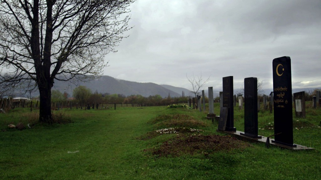 Pankisi-gorge-cementary-3v2